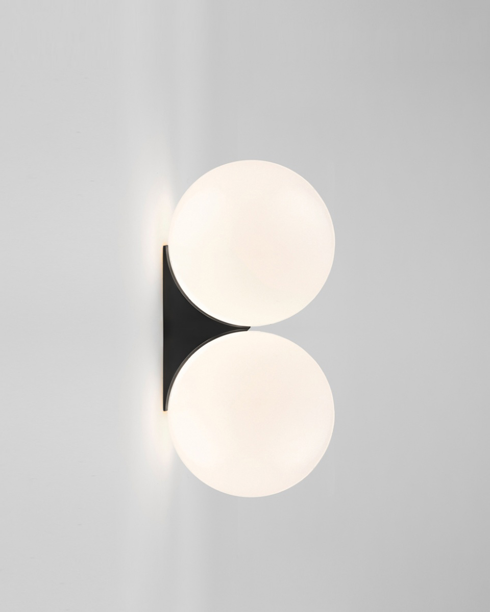 Anastassiades wall lamp
