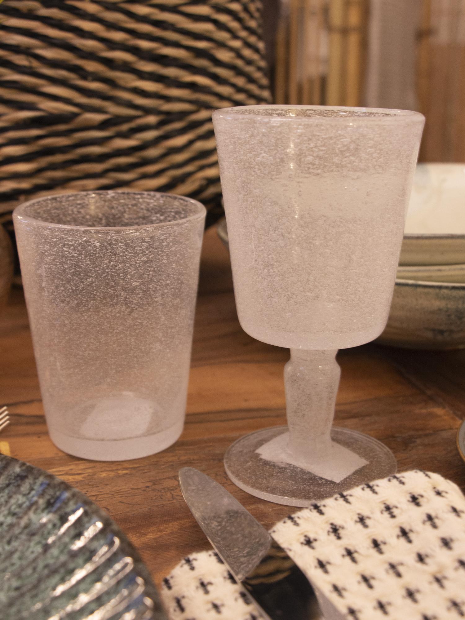 copa en vidrio soplado de color blanco